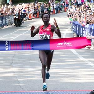 Mary Keitany wins her third NYRR New York Mini 10K